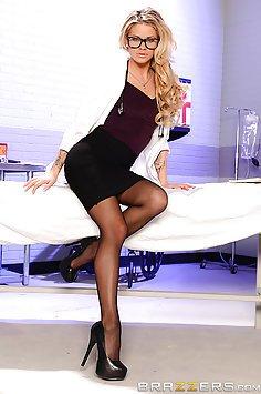 Doctor Jessa Spots The Problem