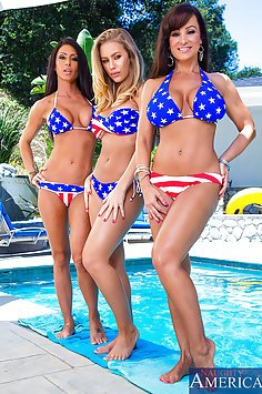 Lisa Ann, Jessica Jaymes and Nicole Aniston