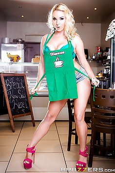 New Barista Victoria Summers Takes His Cock